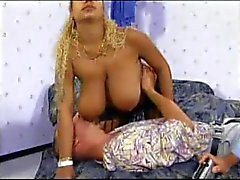 Really Big Giant Tits 02 Szene 2.