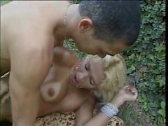 hot shemale takes it hard in the garden