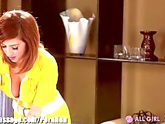 AllGirlMassage Dillion Harper ve April O'Neil Scissor