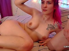 Webcam babe masturbates while being anally fisted