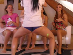 5 Girls Shortest Shorts Twerk Team Pussy Lips Fails and Ass