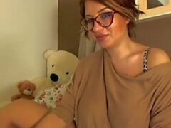 enormi masurbates titty webcam girl a pellicola orgasmo